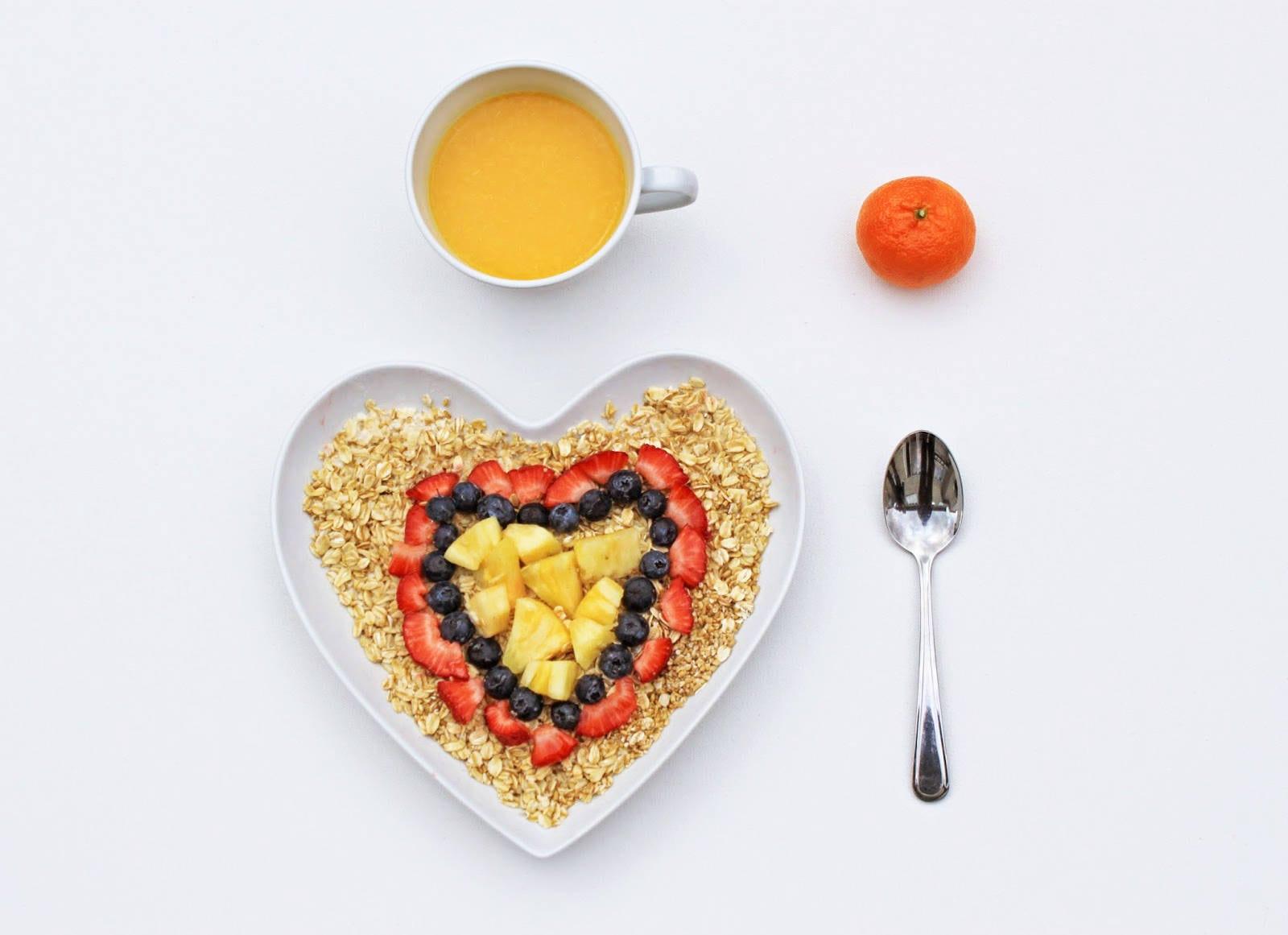5-Minute Oatmeal Parfait