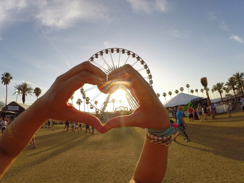 The perfect Coachella ferris wheel photo