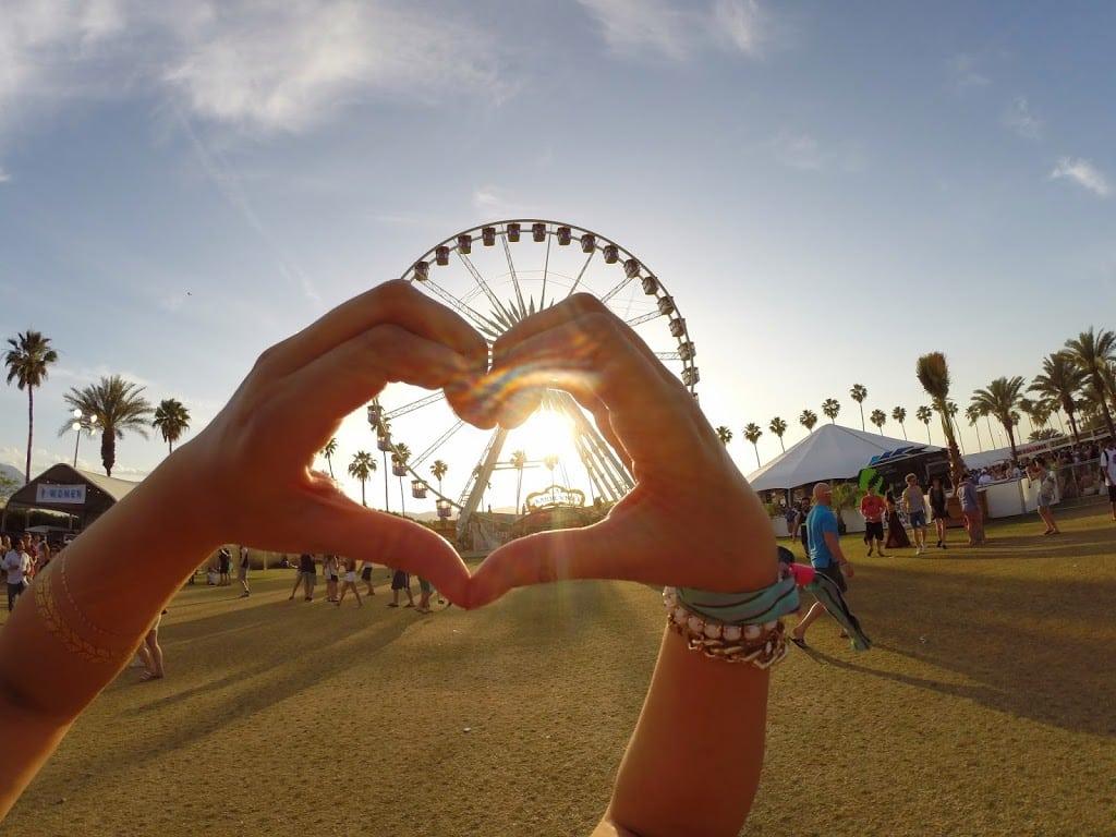 The perfect Coachella ferris wheel photo