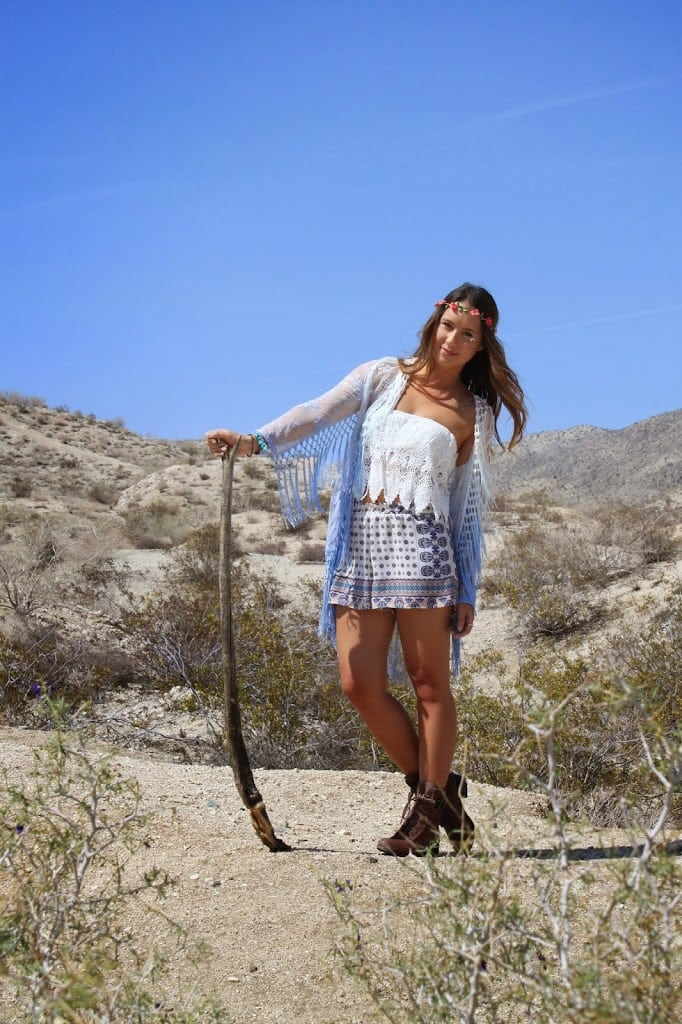 Boho Nouveau shares a bohemian inspired outfit for Coachella