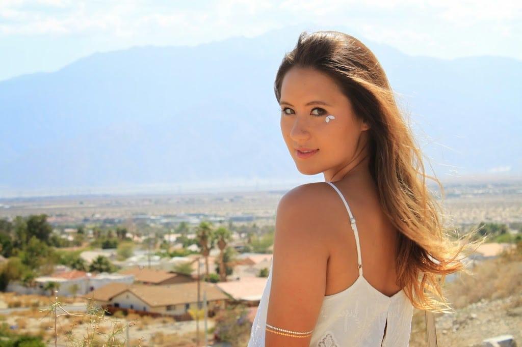 Fashion blogger Boho Nouveau poses in Palm Springs, California