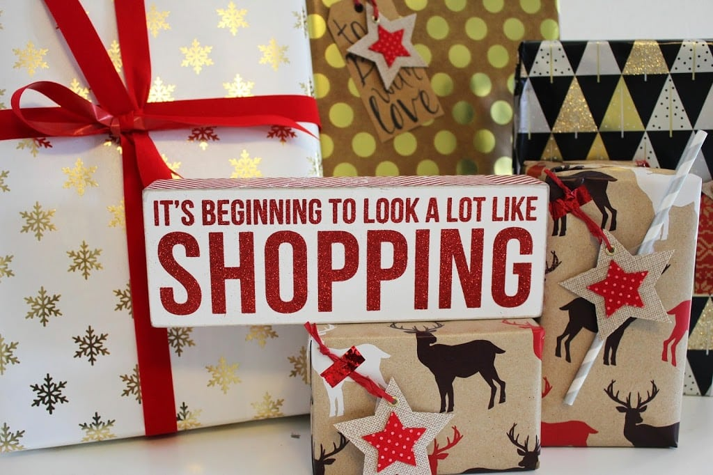 Christmas decorations   it's beginning to look a lot like shopping   Mash Elle fashion, beauty, lifestyle blog
