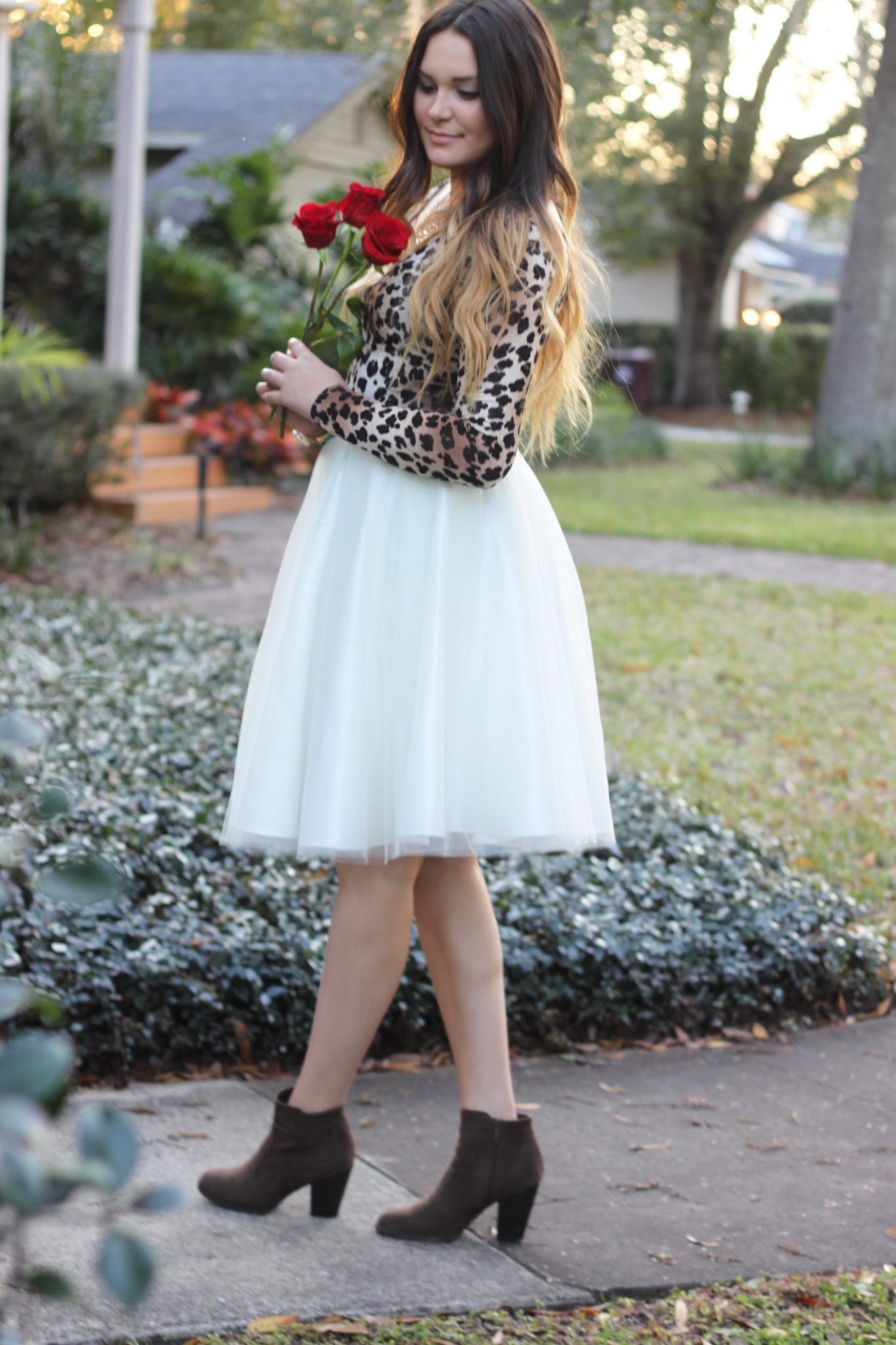 How to style a tulle skirt | Mash Elle beauty blogger | rose | balayage hair | leopard print outfit