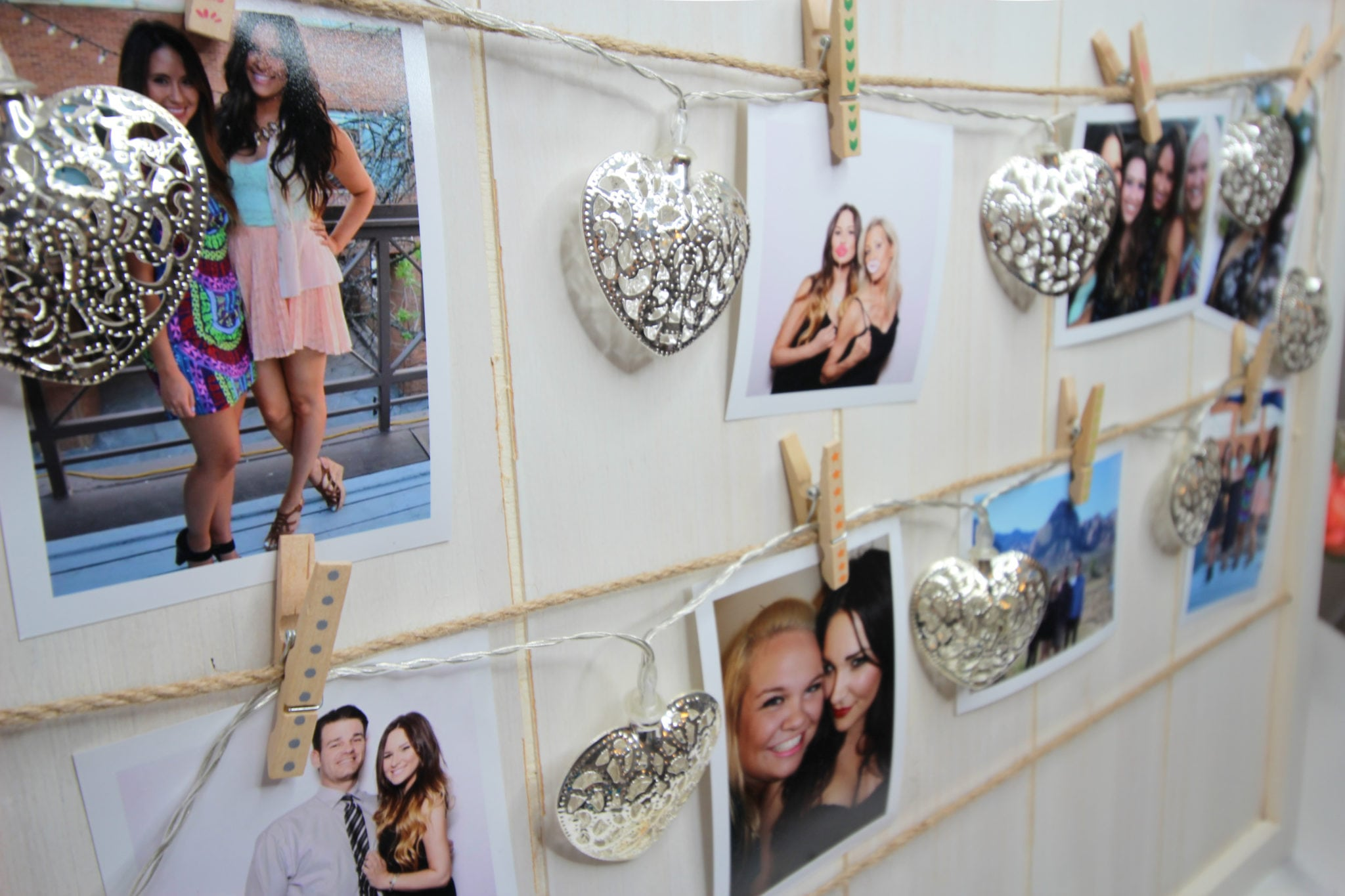 Mash Elle photo memory board | DIY photos | hanging photos in your room | dorm ideas | easy DIY | polaroid photos