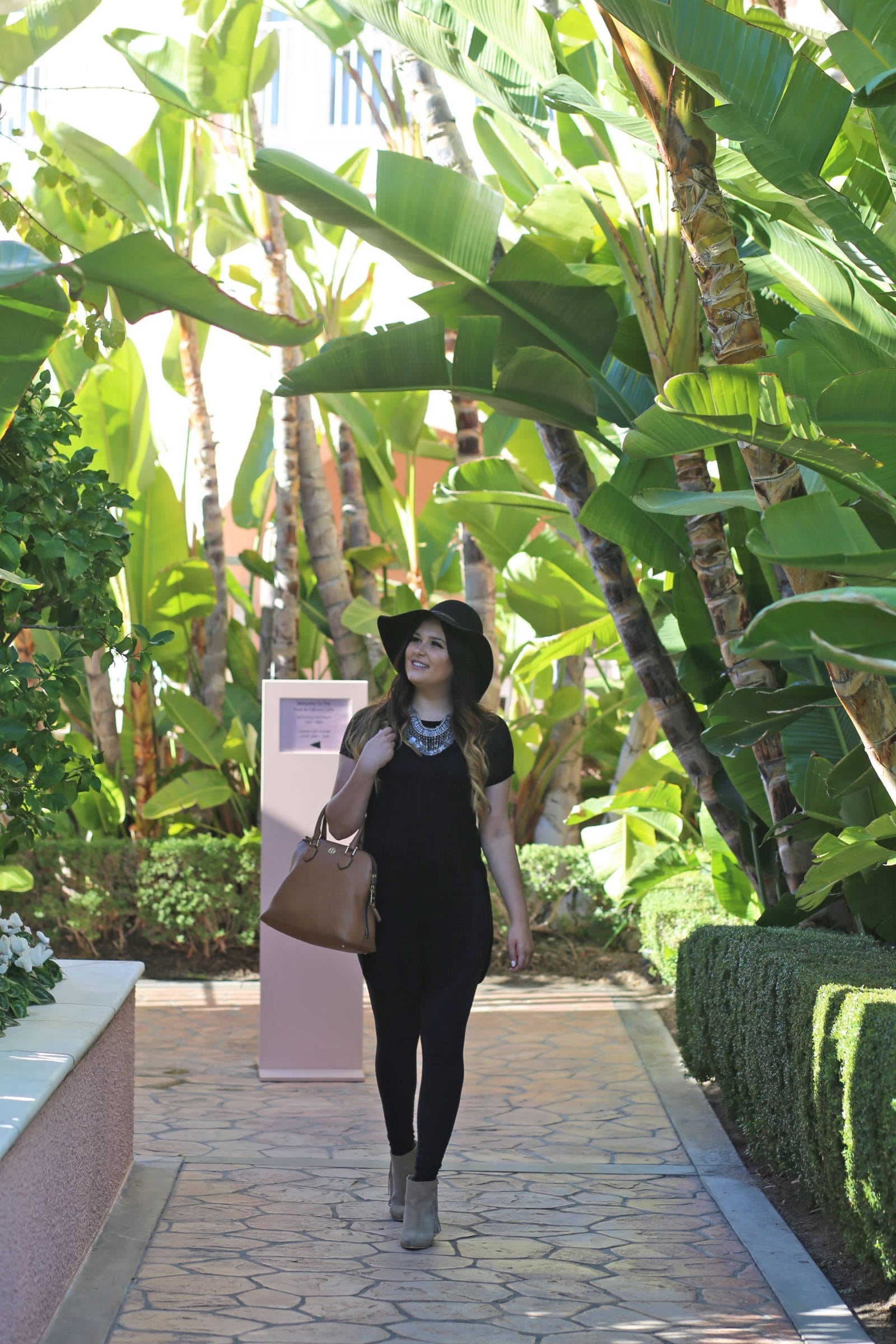 best-hotels-in-beverly-hills | Beverly Hills | travel | beauty blogger Mash Elle | palm trees