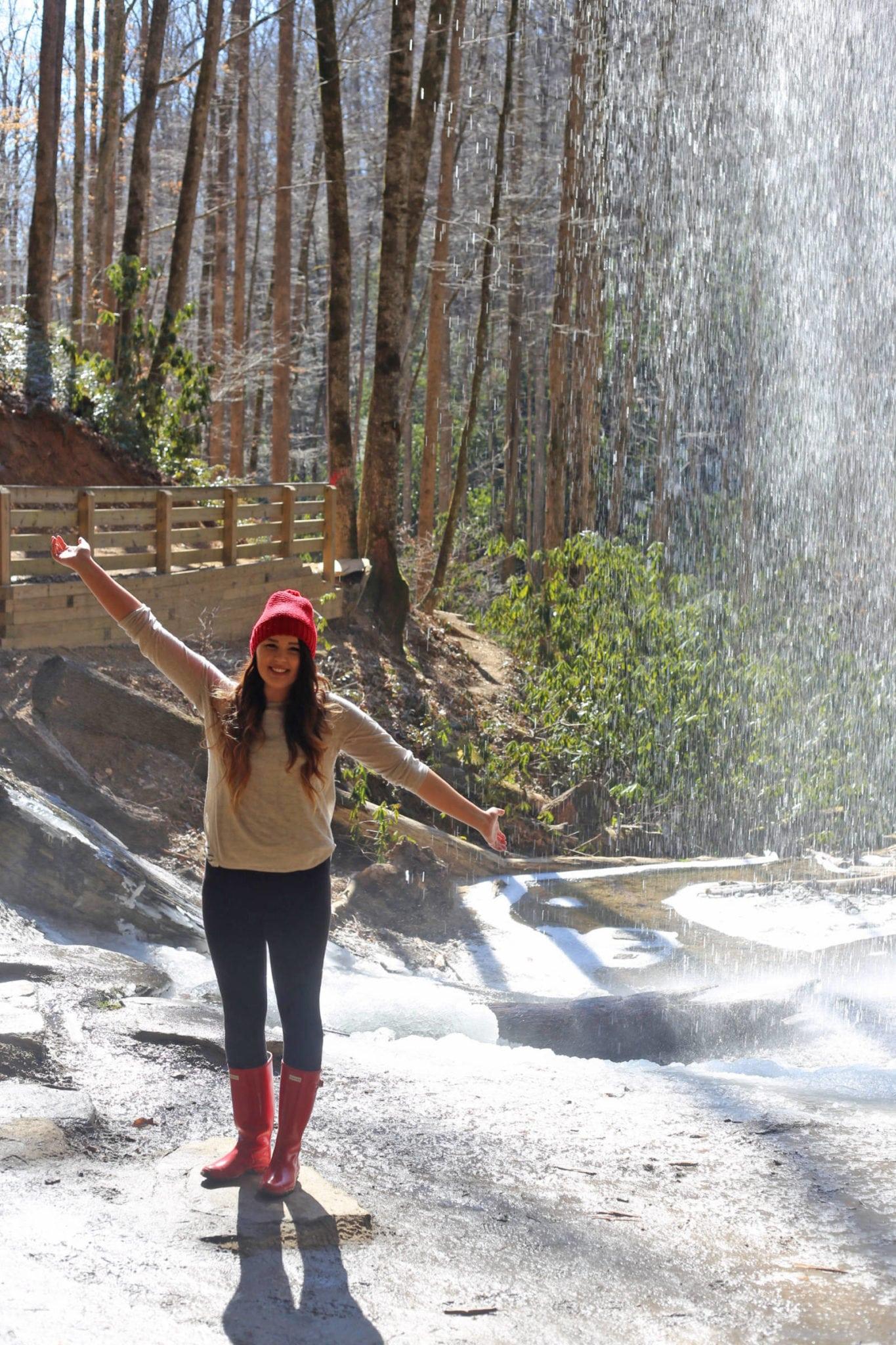 Asheville Travel Guide featured by popular Florida travel blogger, Mash Elle