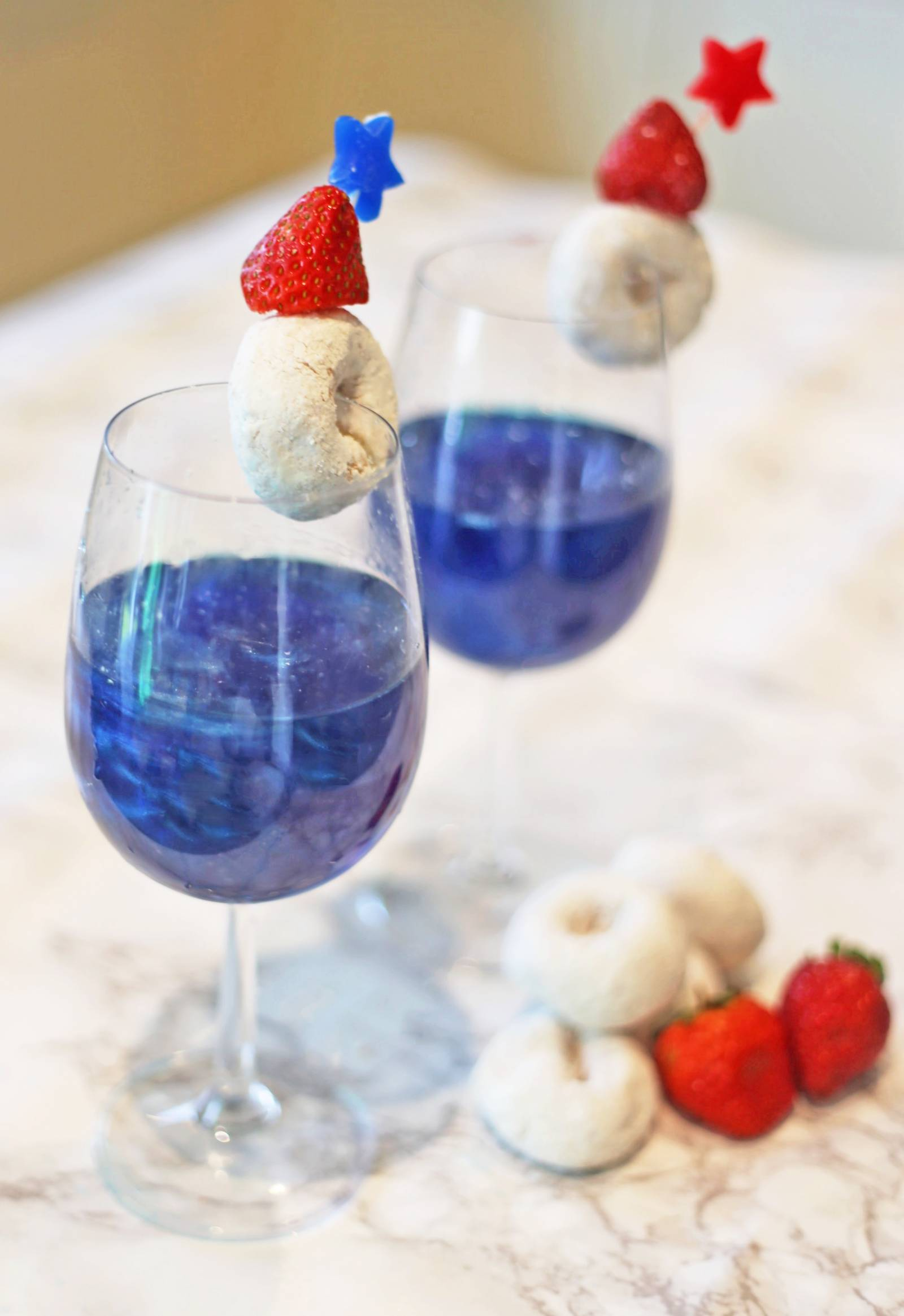 4th-of-july-recipe | Mash Elle lifestyle blogger | drink recipe | summer party ideas | summer drinks | patriotic drinks | red white and blue