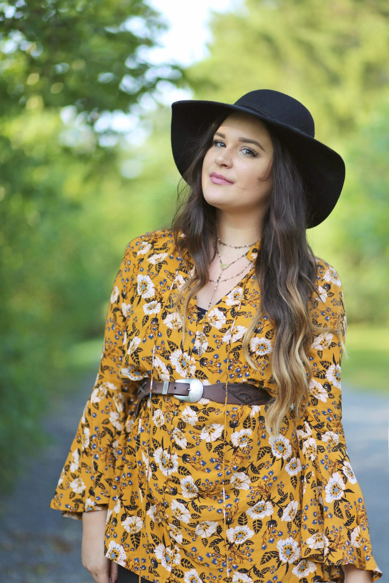 how to wear a floppy hat for fall