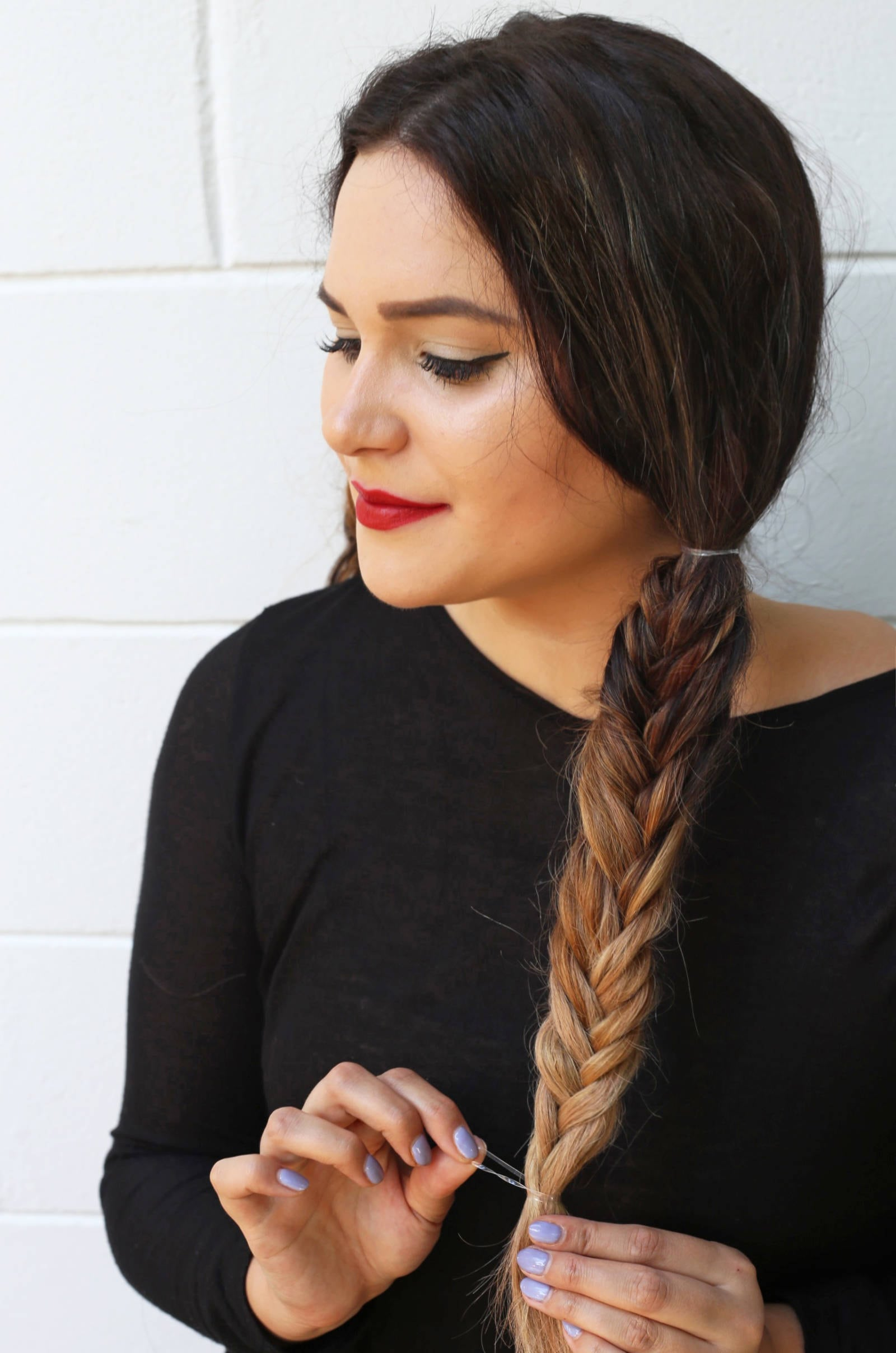 Fashion and beauty blogger Mash Elle shares an easy tutorial fishtail pigtail tutorial for long hair