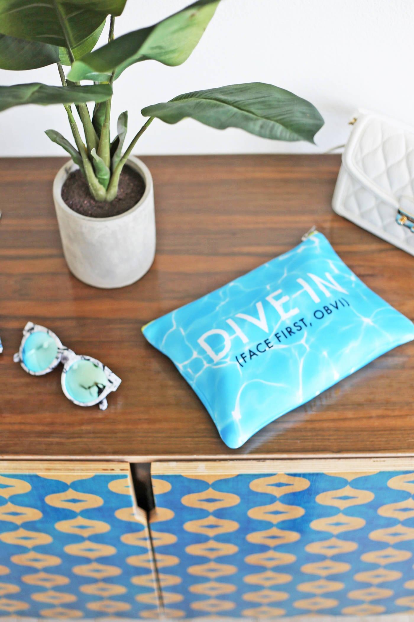 Mash Elle lifestyle blogger | St. pete beach | beauty blogger Mash Elle | black hat | plants | beach house | Skincare