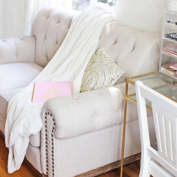Lifestyle blogger Mash elle home decor inspiration