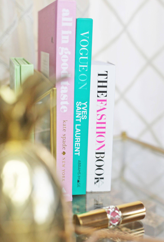 Lifestyle blogger Mash elle home decor inspiration | pineapple decor | home decoration | home inspo