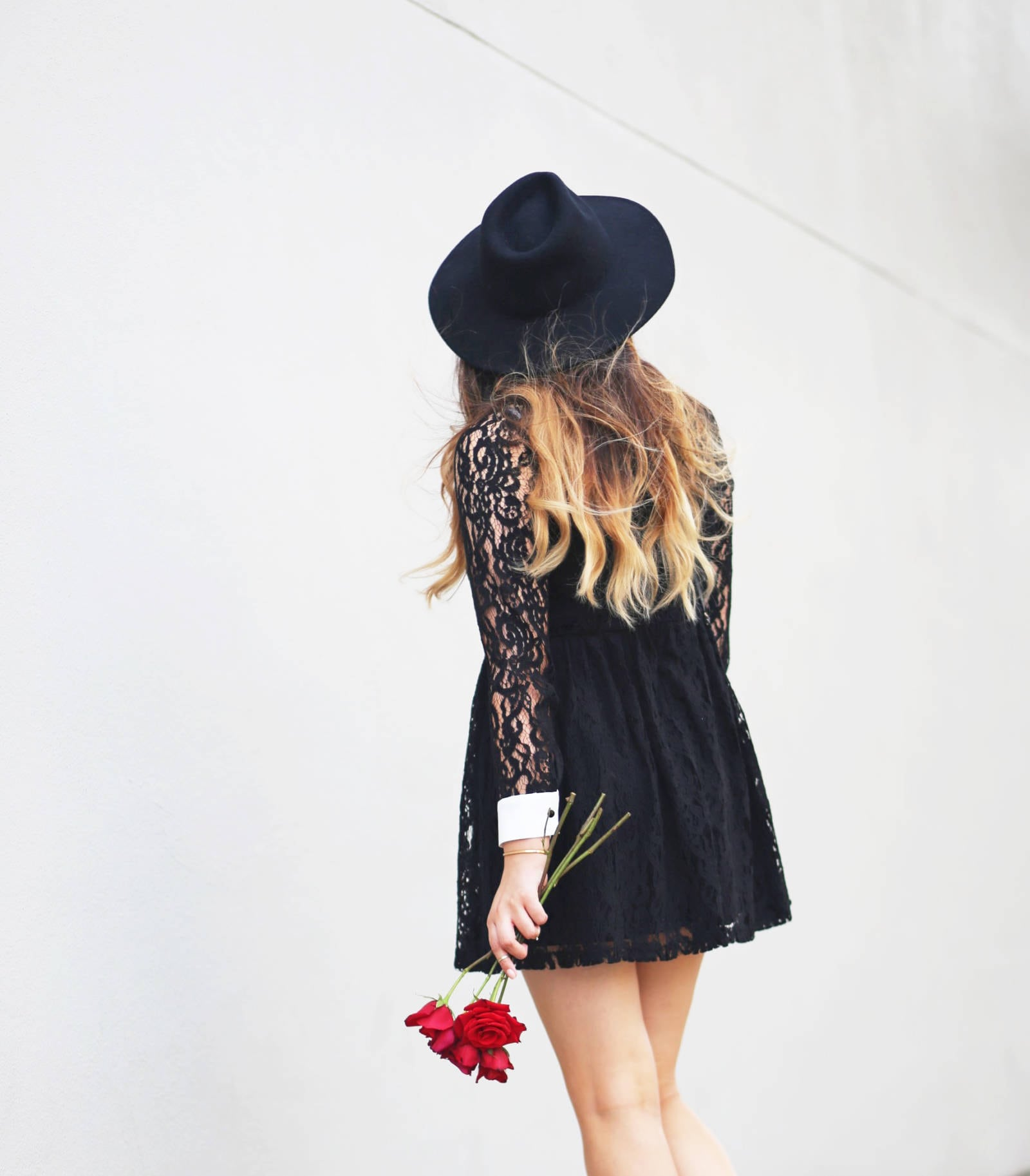 Affordable black lace dress under $50 from Forever 21. Black wide rim hat from Forever 21.