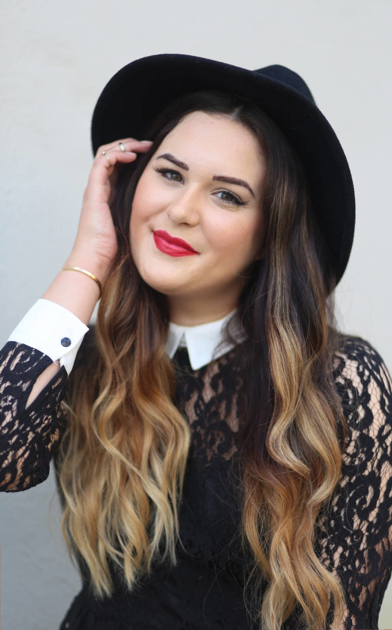 Fashion blogger Michelle Kehoe of Mash Elle shares a Valentine's Day makeup look with an Elizabeth Arden Valentines Lipstick, MAC pro longwear foundation, dior mascara and hourglass highlighter.