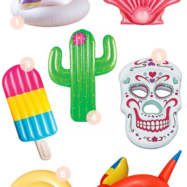 The Best Pool Floats by popular Orlando blogger Mash Elle