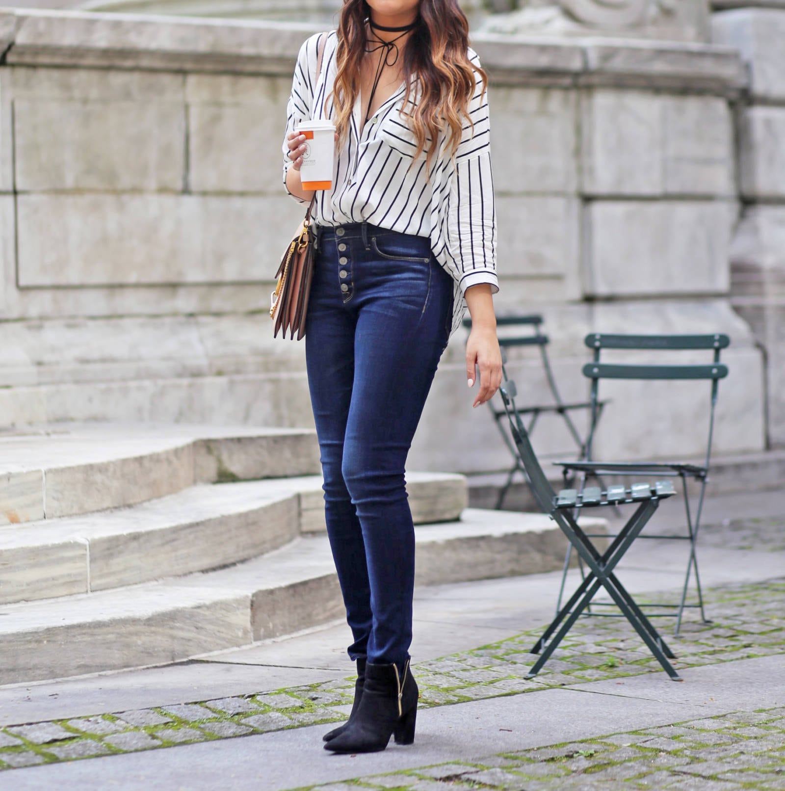Mash Elle beauty and style blogger |  high waisted jeans | New York City stripe shirt | woven shirt | NYC | jeans outfit