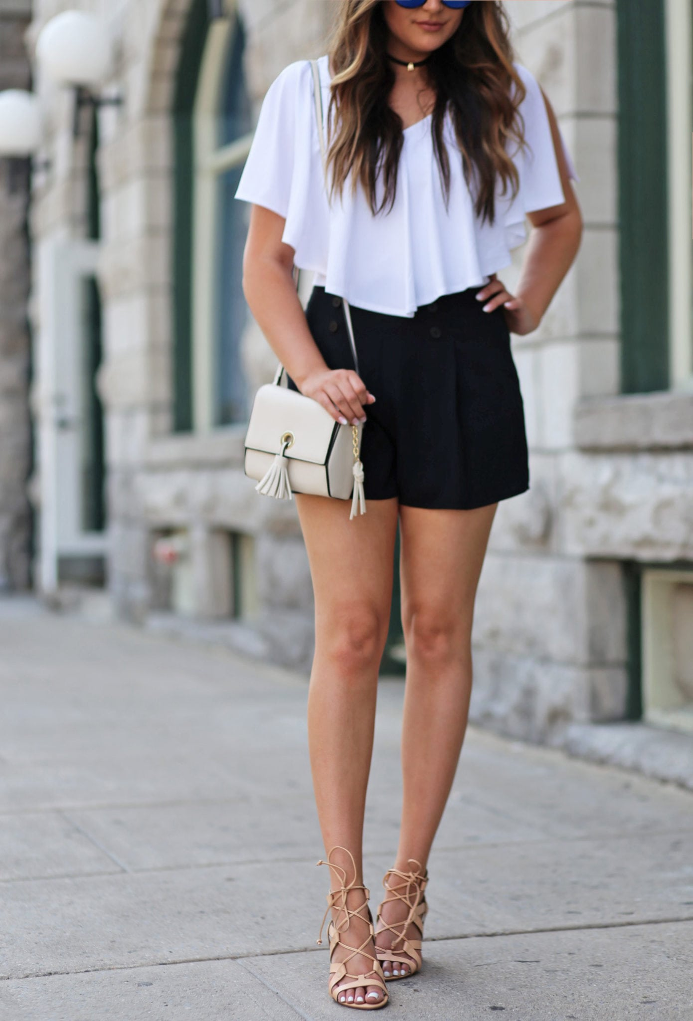 Mash Elle high waited shorts black and white outfit tan high heels