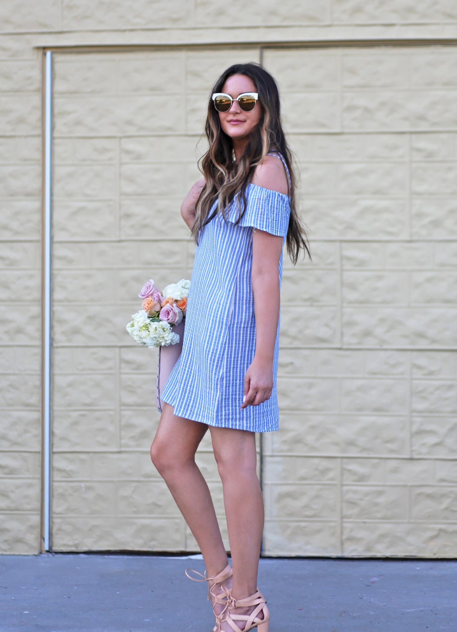 Romantic off the shoulder dress | blue white stripes | flowers | tan heels | sunglasses | beauty blogger Mash Elle