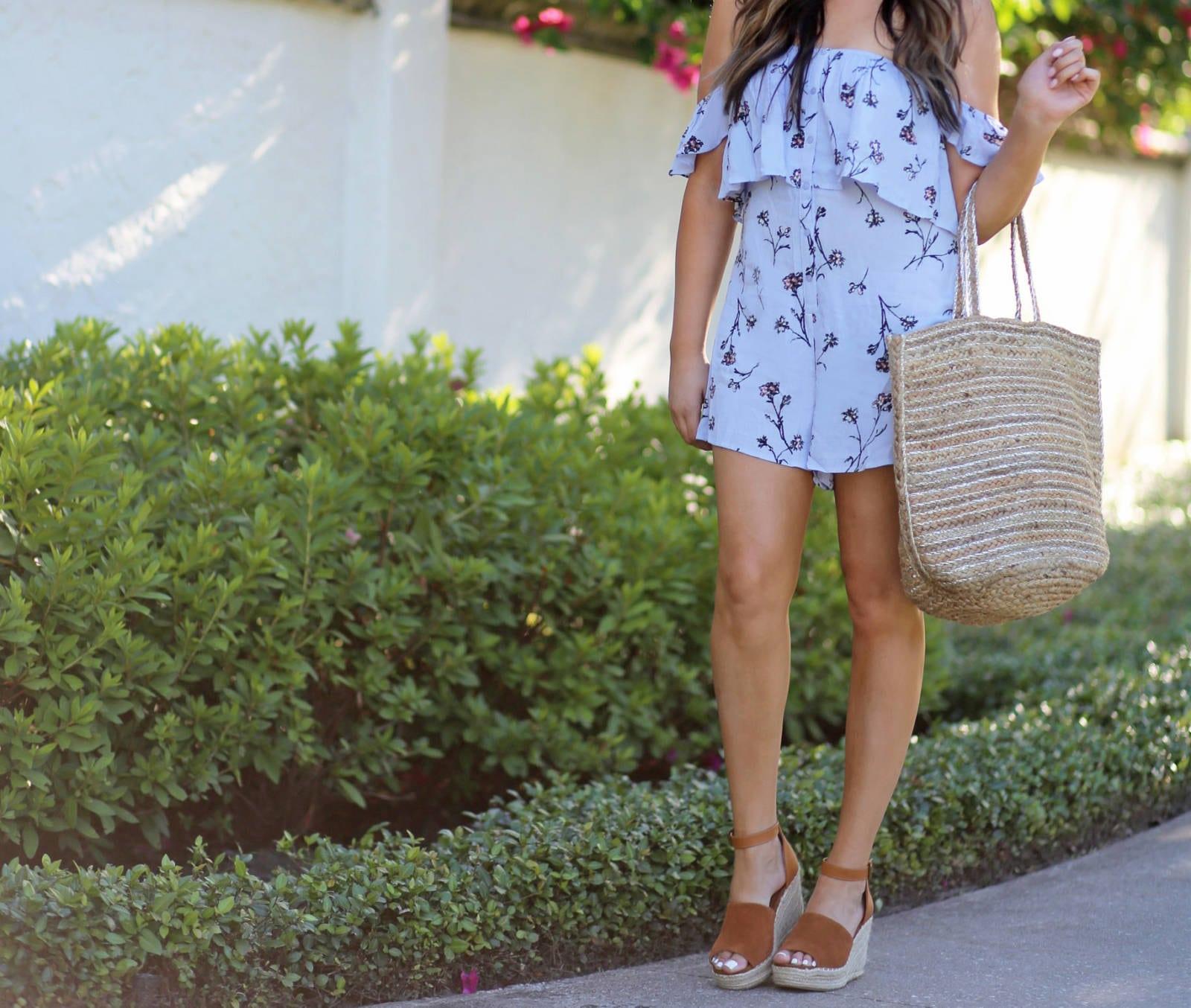 casual floral romper | Mash Elle beauty blogger | woven purse | wedges | flowers