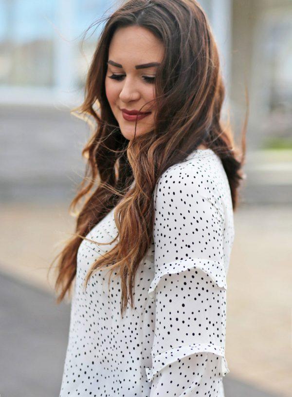 polka dots ruffles | white shirt outfit | beauty blogger Mash Elle | polka dots | black ripped jeans | white nails