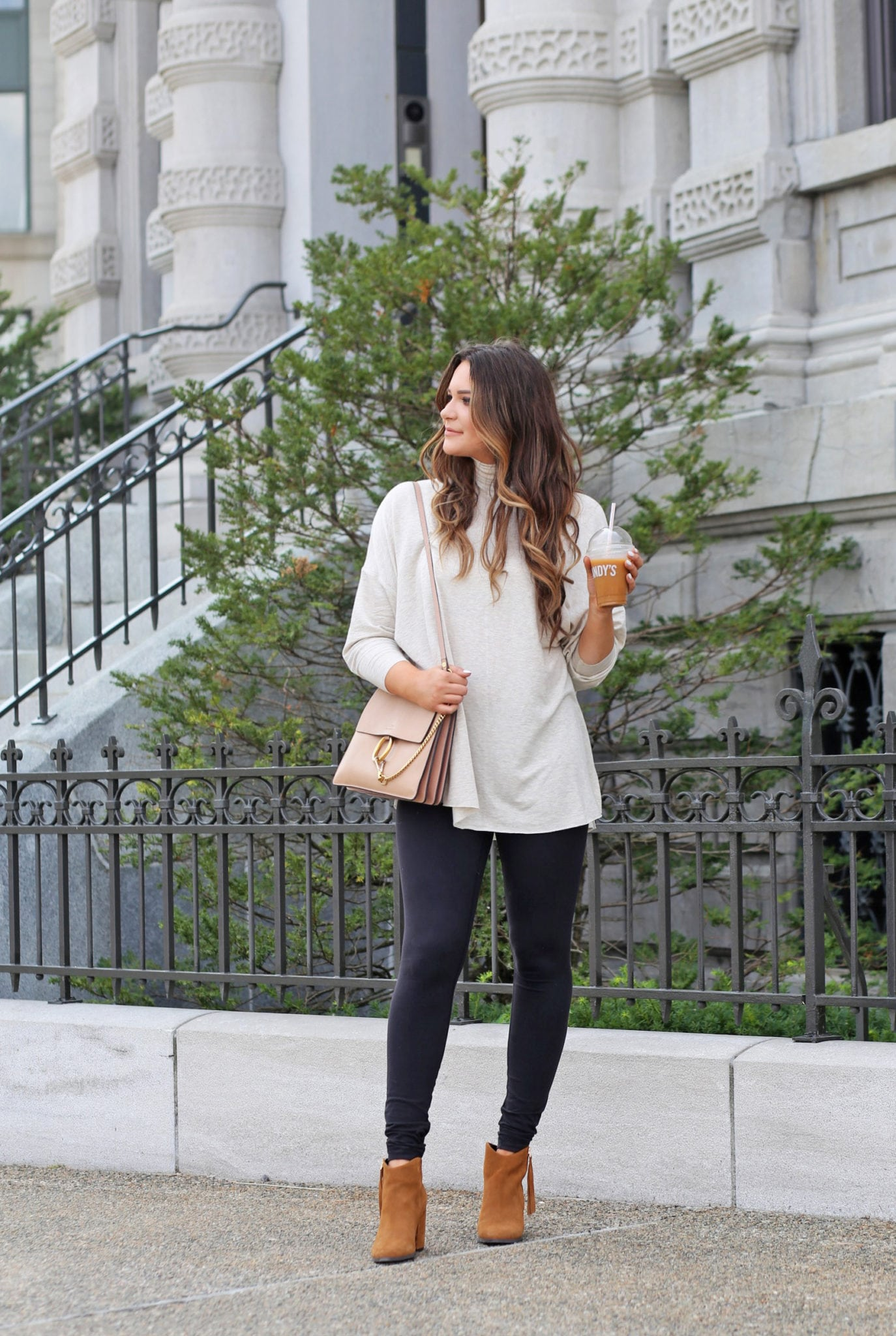 top attractions to visit old Montreal | Canada places to go | blogger Mash elle | white sweater | fall outfit |  travel