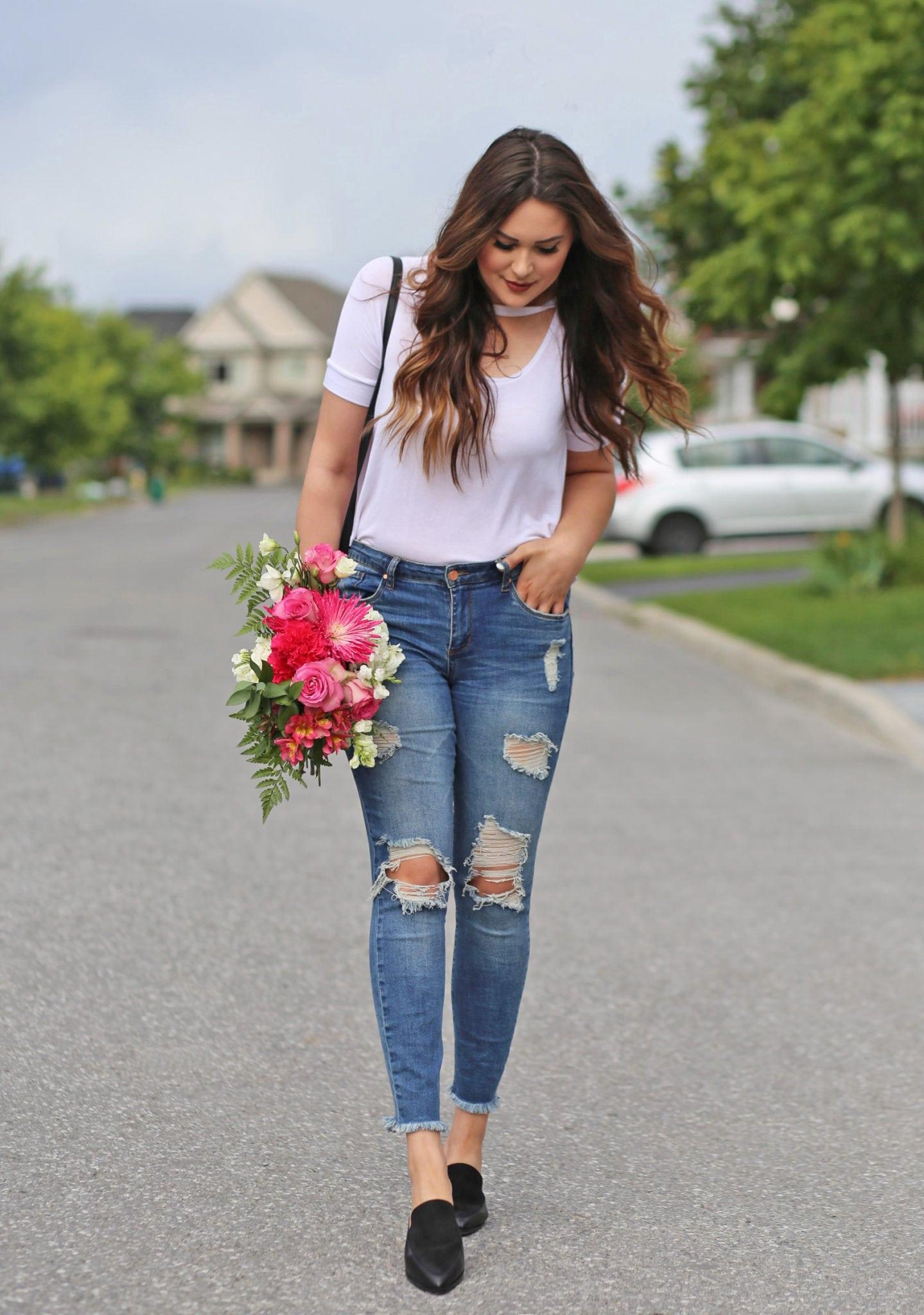 cutout choker shirt white blue jeans fall trends Mash Elle
