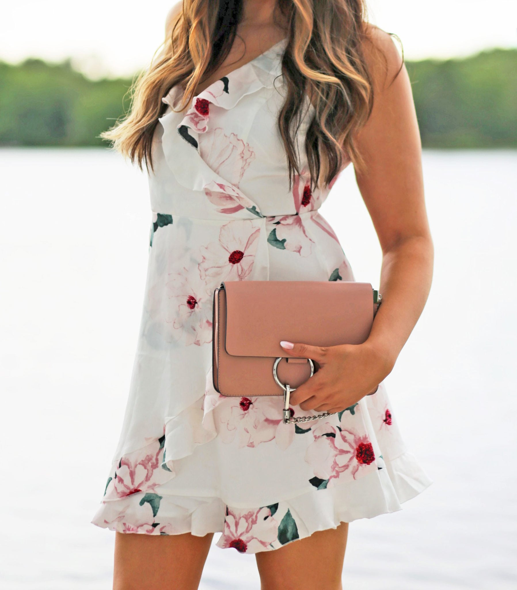 floral ruffle dress   summer outfit   beauty blogger Mash Elle   floral outfit   summer dress   sundress   pool dress   summer party   vacation dress  pink clutch   chloe faye dupe bag