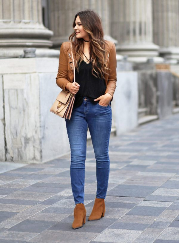 fashion find blue jeans under $20 beauty blogger Mash Elle leather jacket black shirt suede booties fall fashion