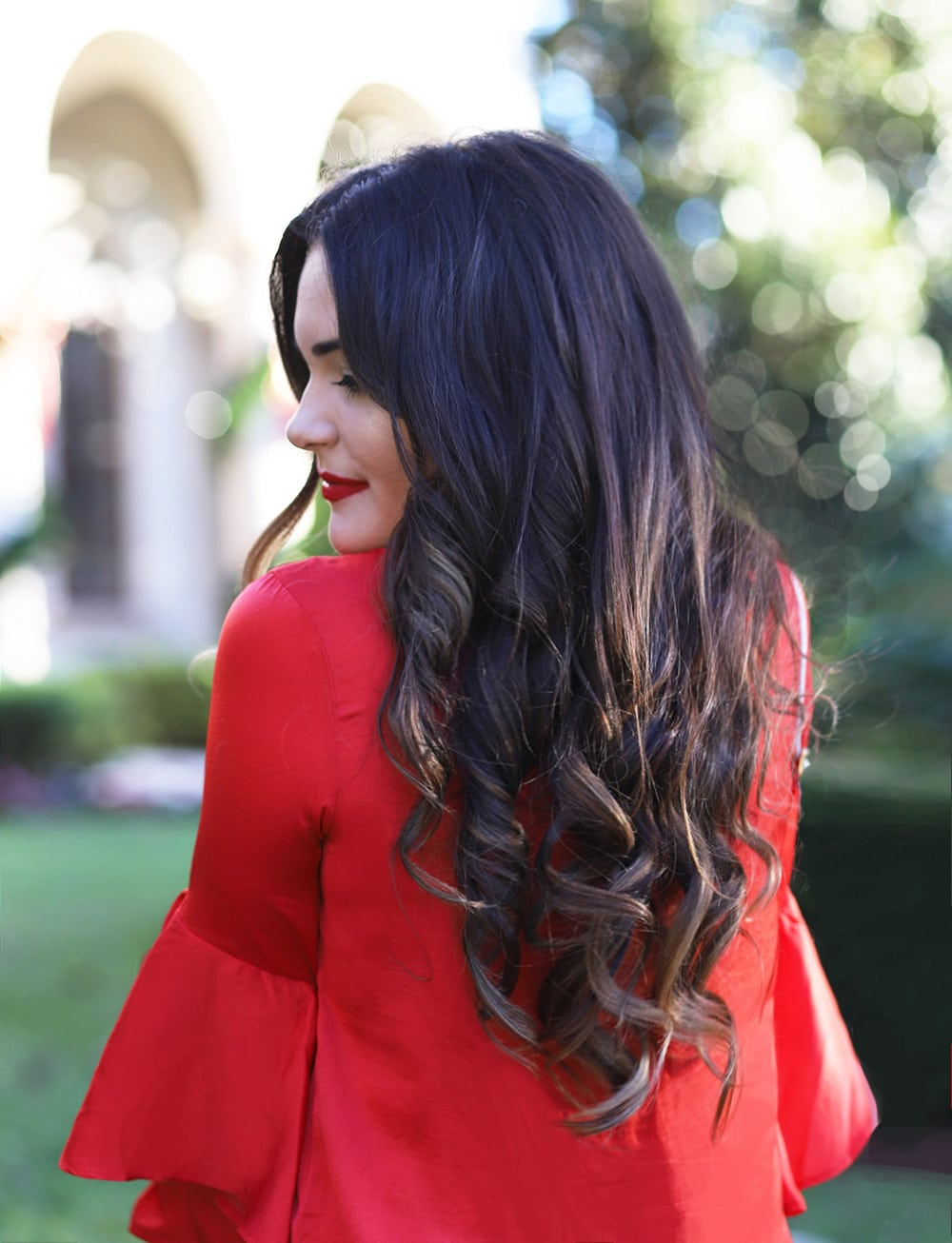 Mash Elle beauty blogger | holiday hair on a budget tutorial | hair tutorial | curls | long hair | christmas outfit | long hairstyle | hair cuttery