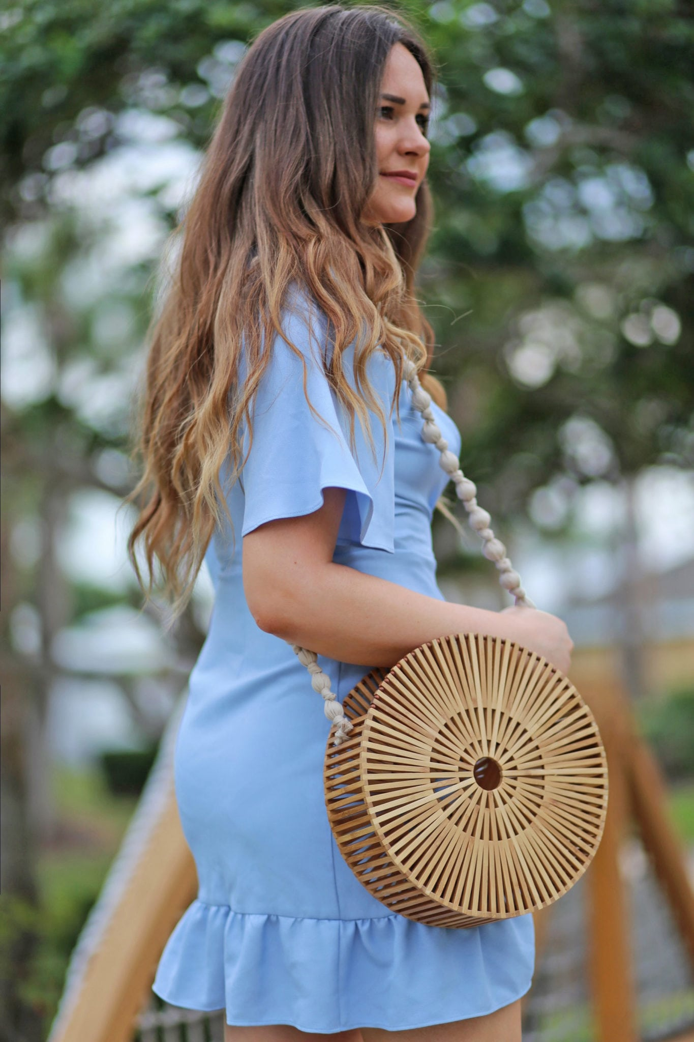 5 hacks to beat the heat and humidity | summer hair | summer outfit | Mash Elle beauty blogger | blue dress sandals