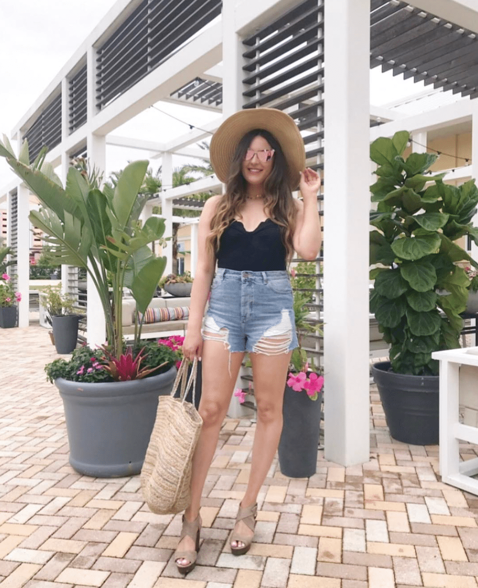 Mash Elle Beauty Blogger Shop My Outfits + Instagram