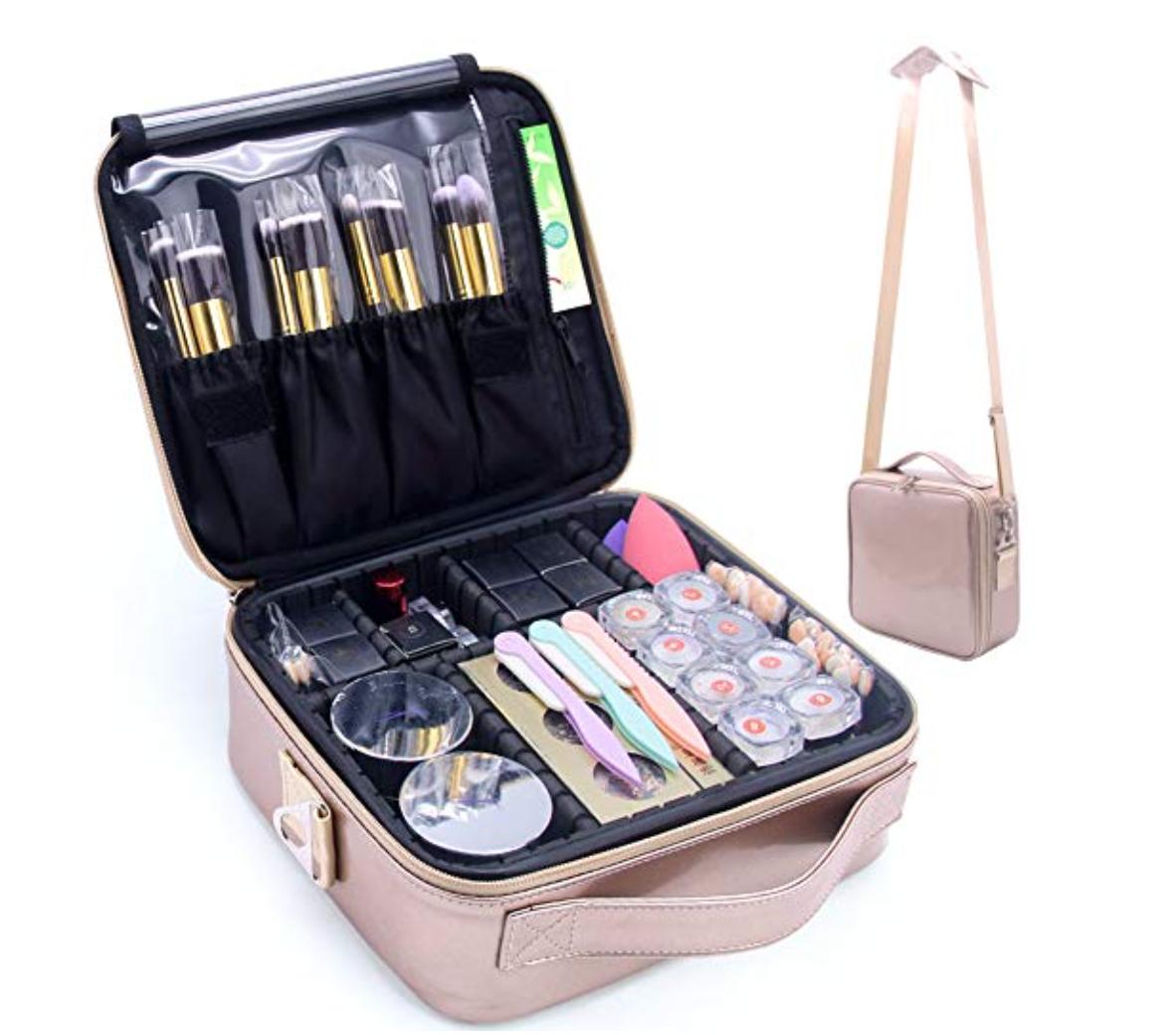 amazon prime sale pink makeup travel case fashion Mash Elle beauty blogger gift idea
