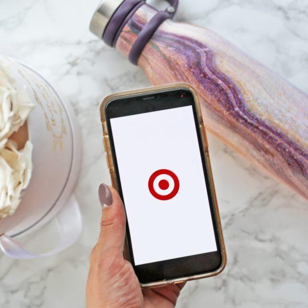 tech accessories | favorite tech items | tech gifts | mash elle lifestyle blogger