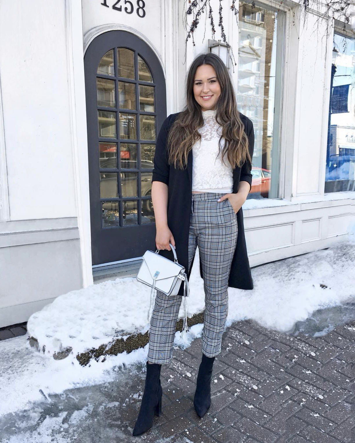 Mash Elle beauty blogger | winter to spring outfit | winter fashion | spring fashion | boots | plaid pants